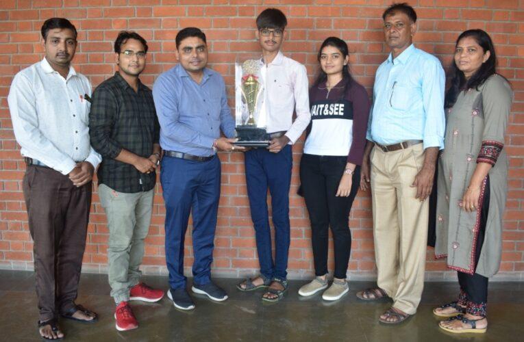 Gondal-Rajkot ગંગોત્રી સ્કૂલનો વિદ્યાર્થી ભાલોડી દર્શન NEET-2020 માં શ્રેષ્ટ સ્કોર.