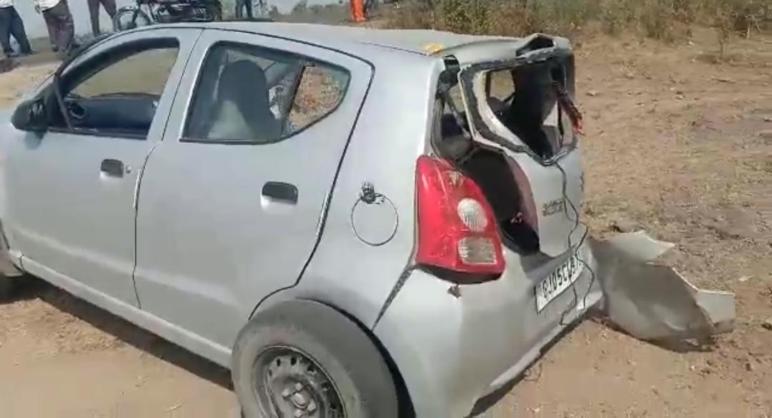 Jetpur-Rajkot જેતપુર-અમરનગર રોડ પર રોડ એક્સીડેન્ટમાં 2 વ્યક્તિના કરુણ મોત જ્યારે 1 વ્યક્તિ ગંભીર ઘાયલ.